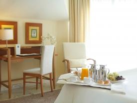 Hotel Carlos I Silgar   [en]Habitación doble [en] Double Room [en] Quarto Duplo