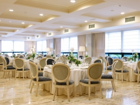 Hotel Carlos I SIlgar      Restaurante Carlos V