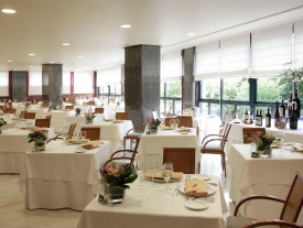 Hotel Carlos I SIlgar       Restaurante Sobreira